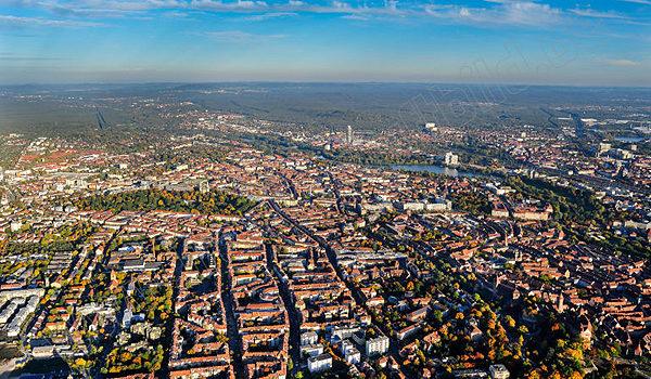 Herbstliches Nürnberg mit Blick nach Südosten