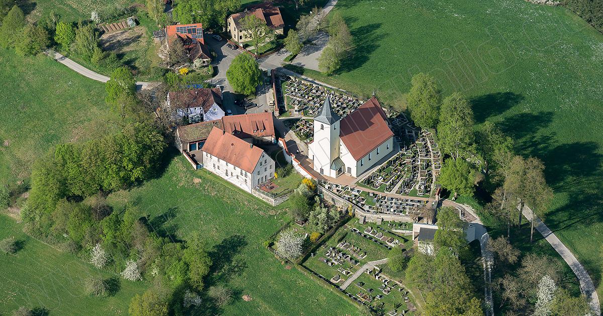 Die Pfarrkirche in Bühl
